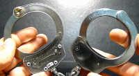 Как работают наручники